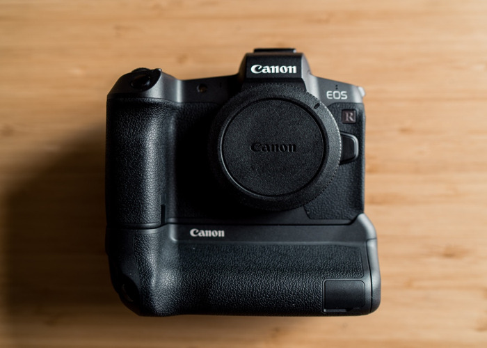 canon-eos-r--mount-adapter-and-battery-grip-52983127.jpg