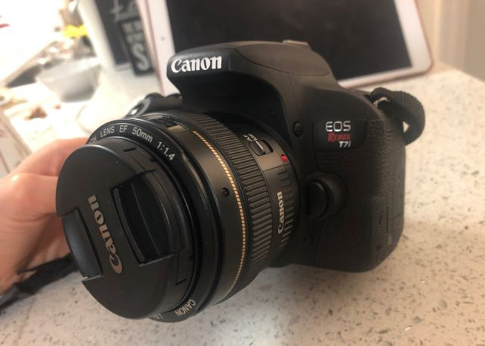 Canon Eos Rebel T7i With 50mm Lense
