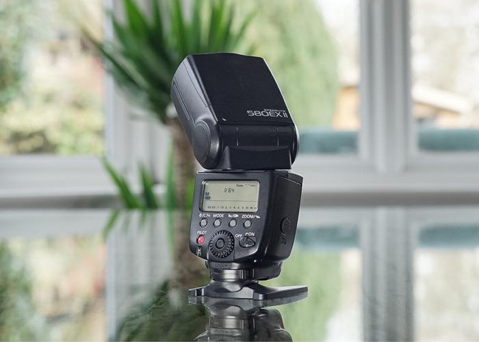Canon Flashgun (580 EX II) - 2