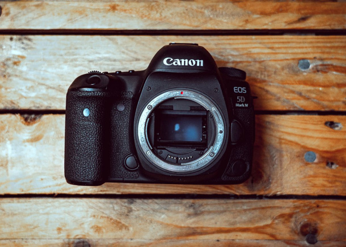 Canon Full Package - Canon 5D Mk IV / Canon 5D Mk III / Canon 70-200 2.8 / Canon 85 1.8 / Canon 50 1.4 / Tamron 15-30 2.8 / Canon Speedlite 430EX II - 2