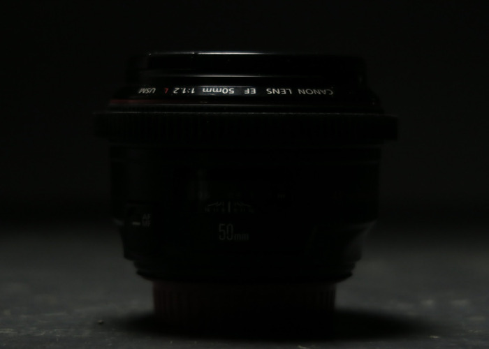 Canon EF 50mm f/1.2L USM - 2