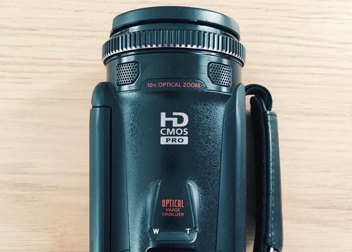 Canon Legria HF G25 - 2
