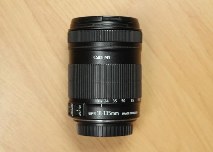 Canon Lens 18-135mm f/3.5-5.6 - 1