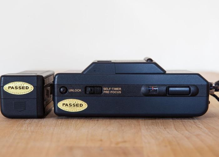 Canon MC Auto 35mm Camera + Flash attachment - 2