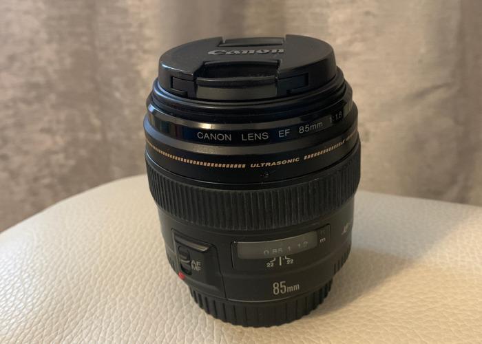 Canon ultrasonic 85mm lens - 1
