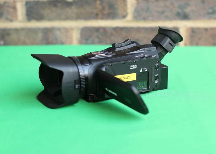 Canon Vixia G40 HD camcorder - 1