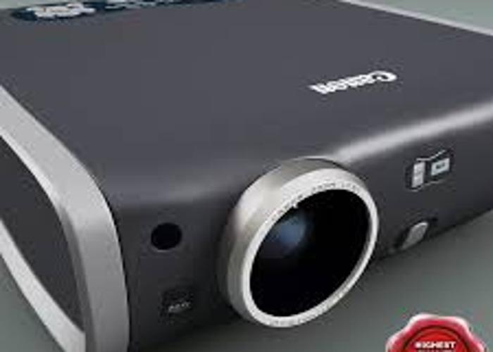 Canon X700 Digital Projector - 2