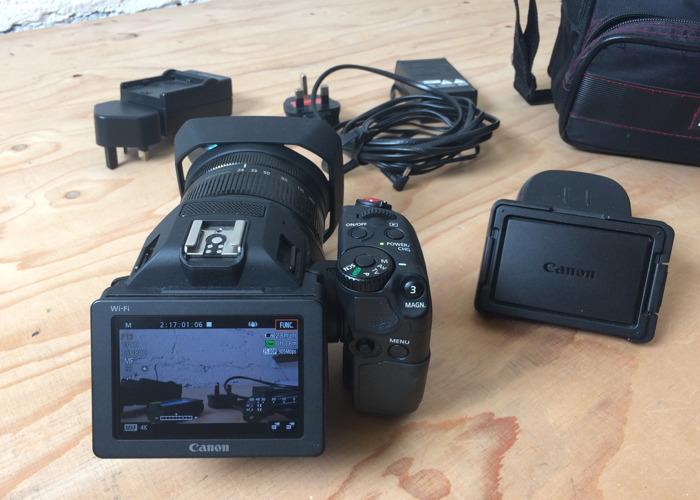 Canon XC10 - 2