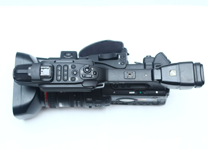 CANON XF305 CAMCORDER PROFESSIONAL BROADCAST- CAM 1 - 2