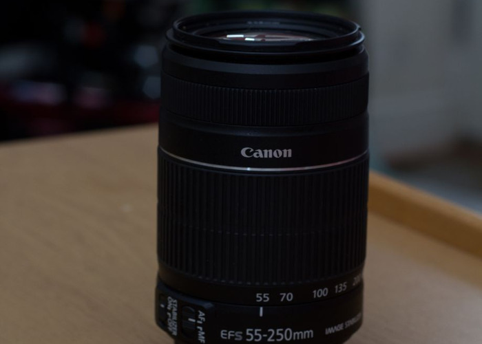 Canon Zoom Lens EF-S 55-250mm f/4-5.6 IS II - 2
