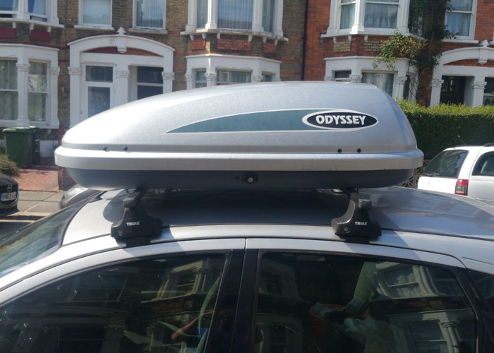 Car top box and roof bars - 1