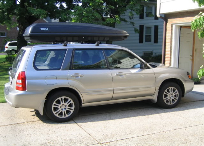 Car top cargo carrier - 1