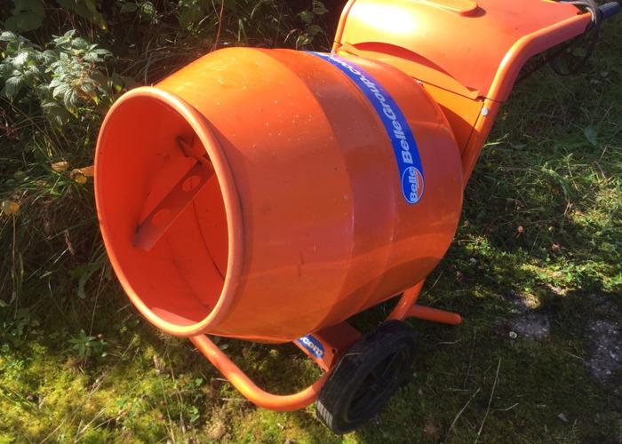 Cement mixer 240v - 1