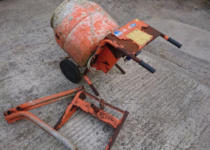 Cement mixer 240v belle minimix 150 - 2