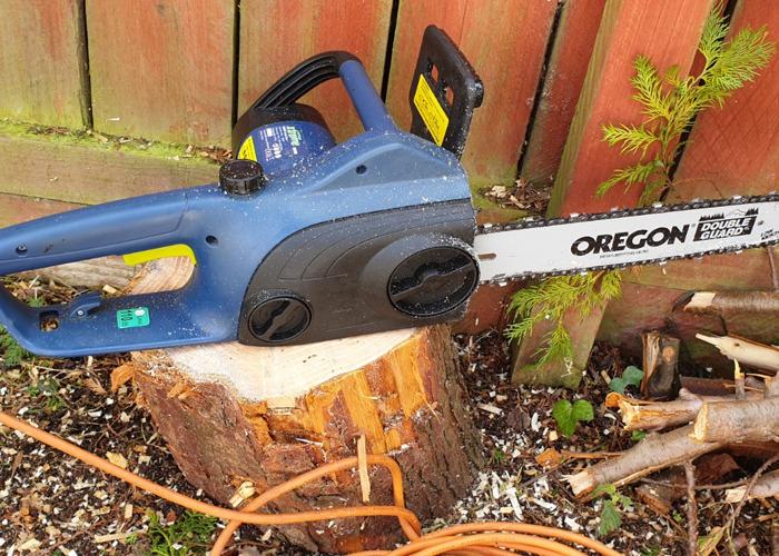 Chainsaw - Electric. 35cm\14in bar. 1800Watt - 1