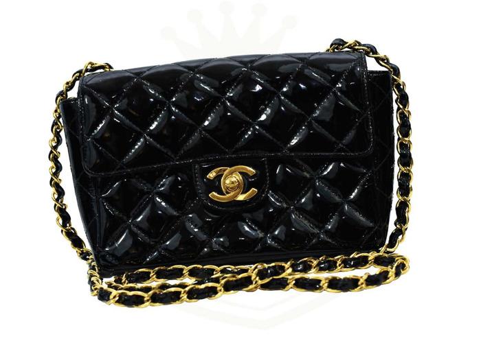 8f9313c46edc CHANEL Black Single Flap Mini Patent Leather Handbag Small Size Free UK  Delivery - 1