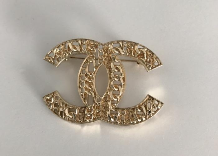 Rent Chanel Brooch Pin in London