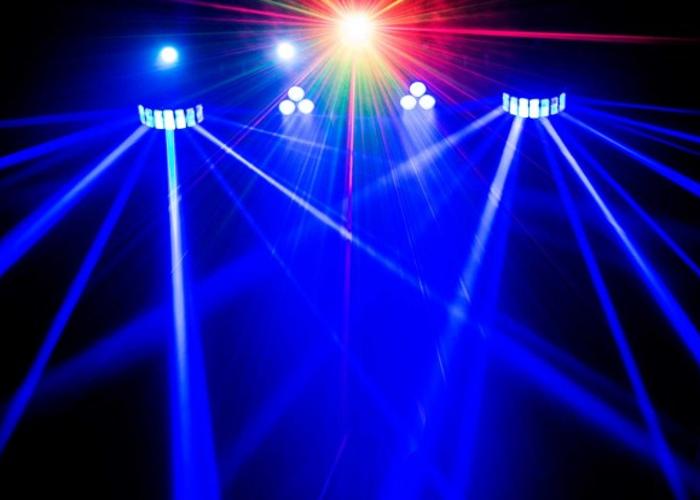 Chauvet GigBAR 2 party lights - 1