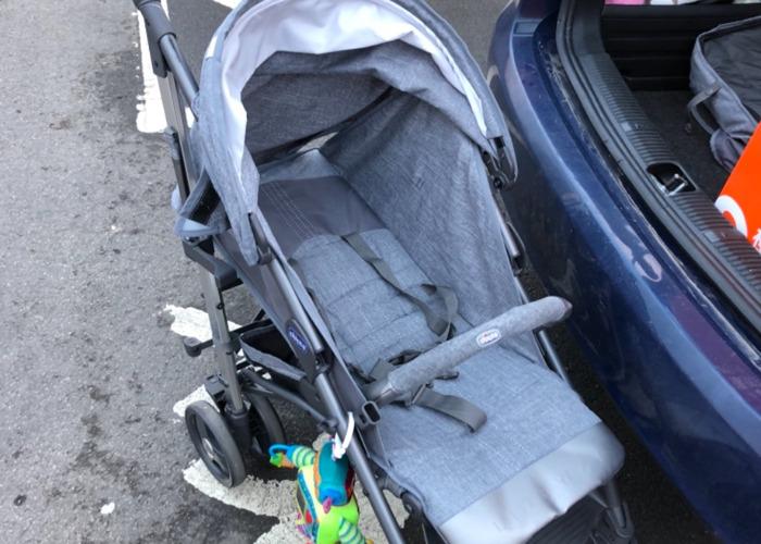 Chicco lightway stroller  - 2