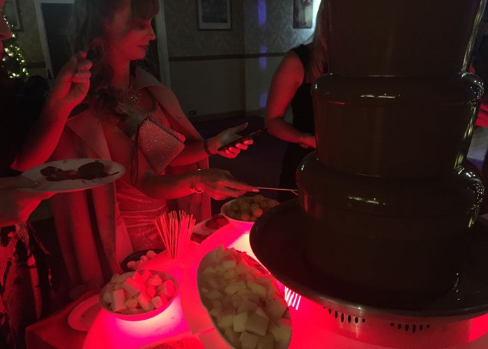 Chocolate fountain - 2