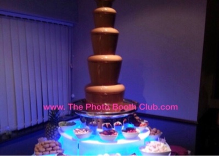 Chocolate fountain hire  - 2