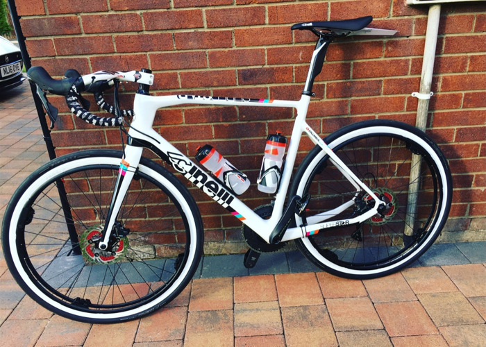 d19ae2005fe Rent Cinelli Superstar bike - Carbon, Ultegra, Revolights, discs in ...