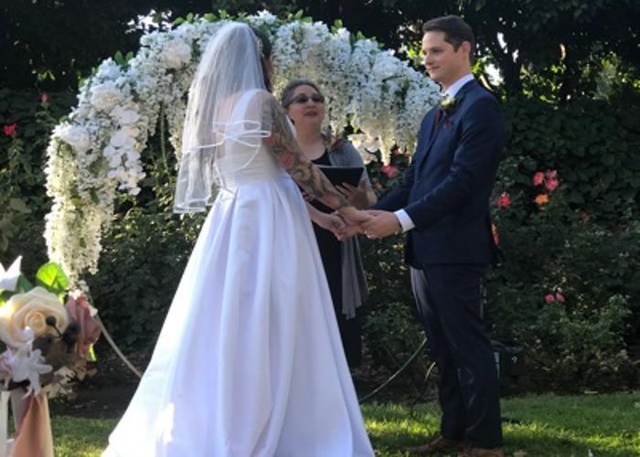 Circular wedding arch - 2