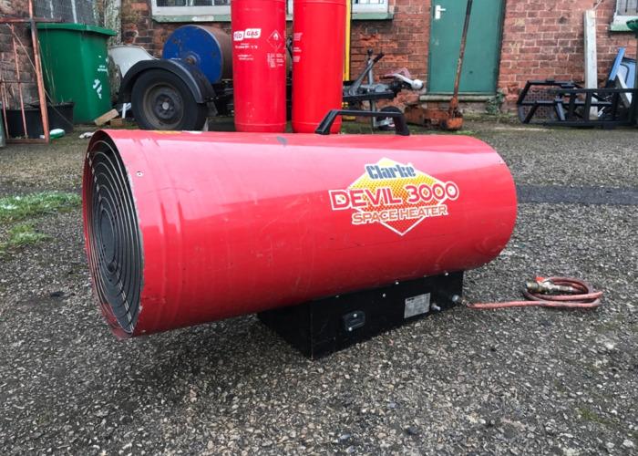 clarke devil-3000-gas-heater-87688530.jpeg