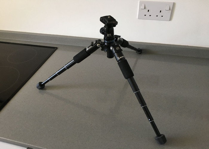 Compact Pro Tripod with chest brace for camera - 2