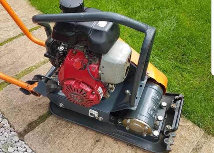 Compactor / wacker plate for hire  - 1