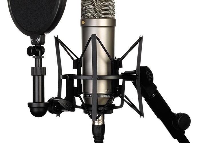 Complete Podcast Set - 3 x RØDE NT1-A + ZEDi 10fX - 2