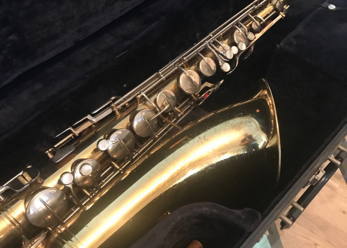 Conn Shooting Star Tenor Saxophone - 2
