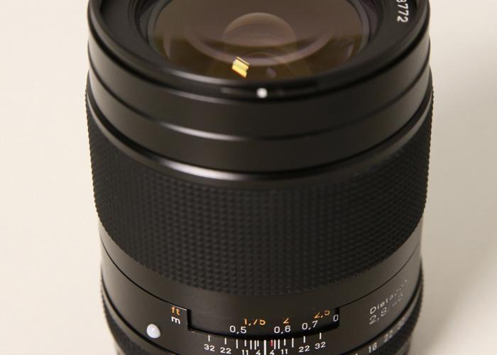 Contax 45mm f2.8 Distagon Lens (Contax 645 - 2