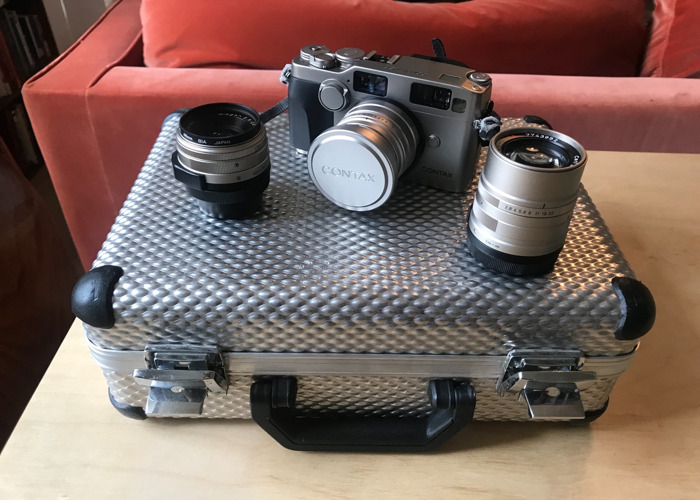 Contax G2 Full Kit, 28mm, 45mm, 90mm lenses with Hard Case - 1