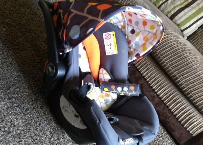 Cosatto car seat 0+ - 2