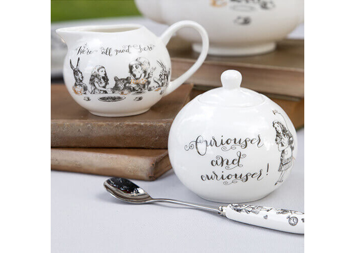 Creative Tops V&A Alice in Wonderland Fine China Milk Jug and Sugar Bowl Set with Decorative Illustrations (2 Pieces) - White - 2