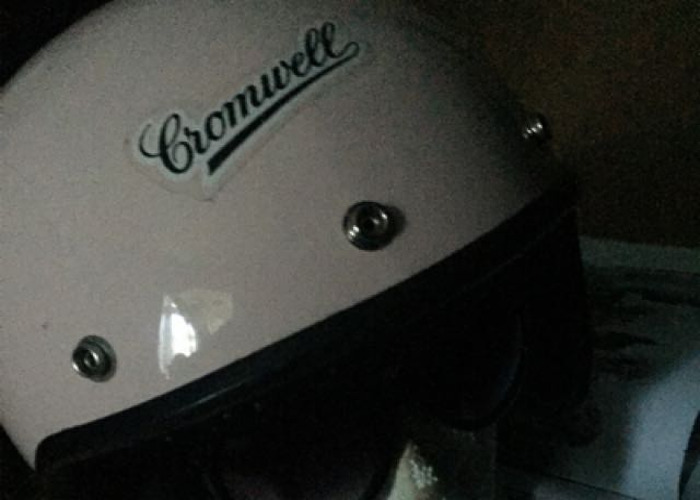 Cromwell Motorcycle Helmet  - 2