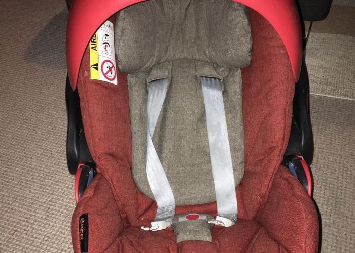 Cybex Cloud Q Car Seat - 2