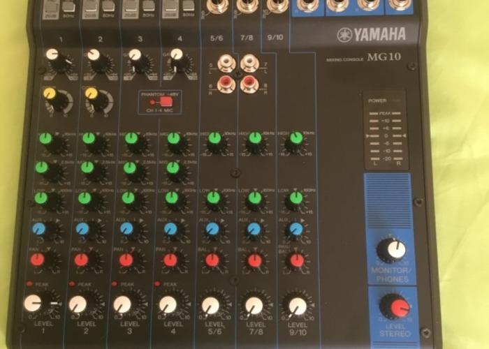 D10 mixer. 10 channels - 1
