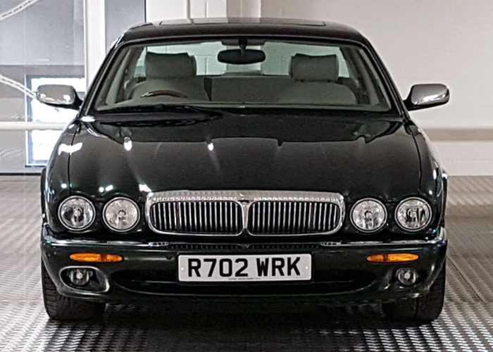 Daimler Super V8 (1998) - 1