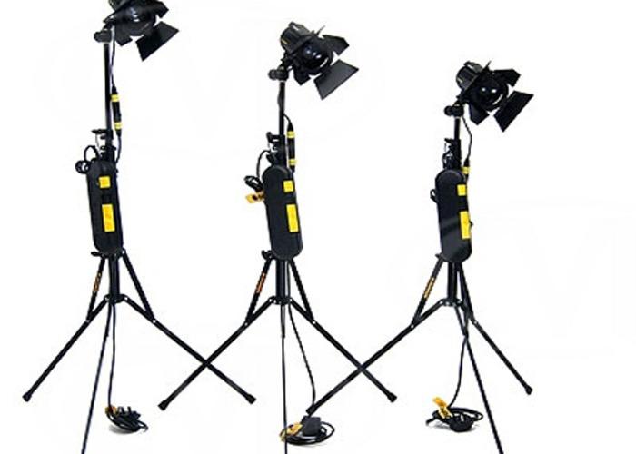 Dedolight kit x3 150w (DLH4) - 1