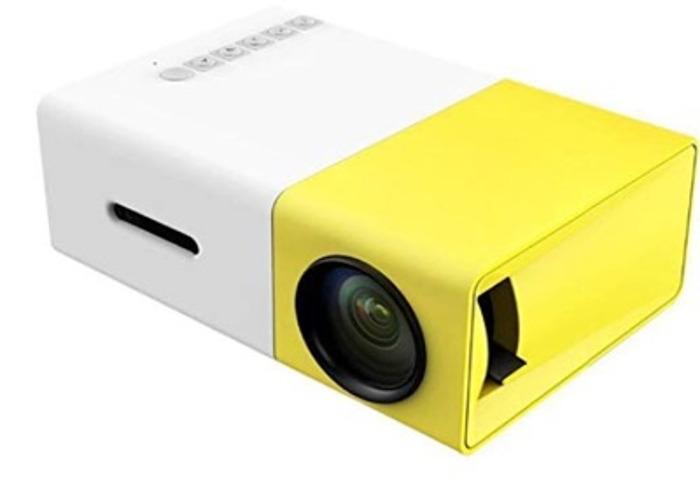 DeepLee Mini Projector, DP300 Portable LED Projector  - 1