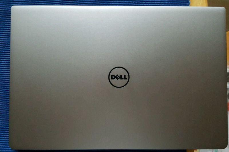 Dell XPS 13 9350 Laptop - 1