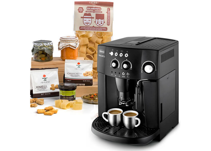 Delonghi Magnifica Bean To Cup Coffee Machine with Free Italian Hamper - 1