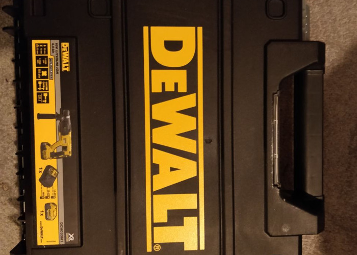 Dewalt SDS plus Model DCH033M1 (New) very powerful - 2