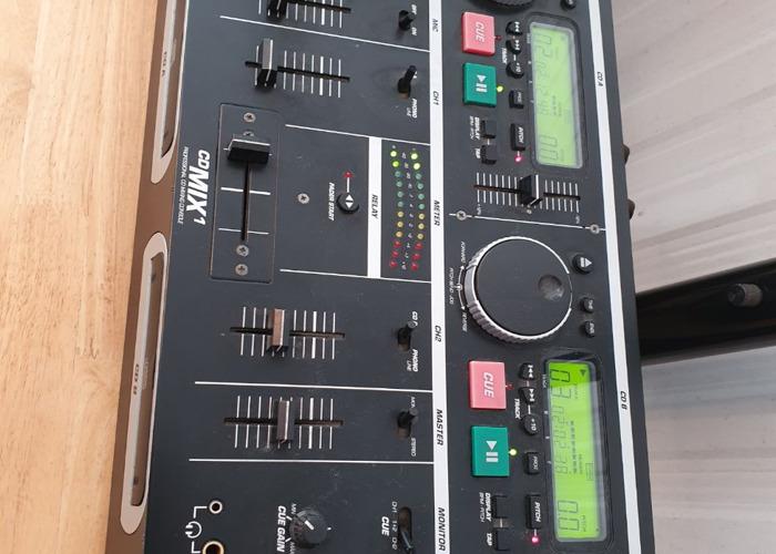 DJ speaker system. Karaoke/subwoofer/cd mixer/tripods - 2