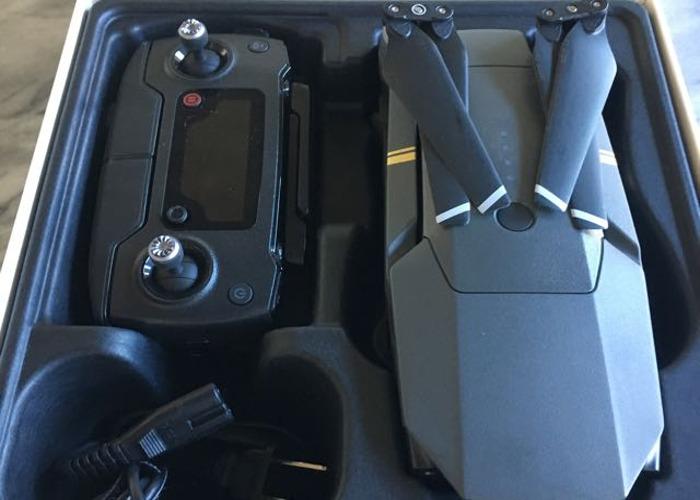 dji mavic-pro-drone--extra-battery--sd-card-09822135.JPG