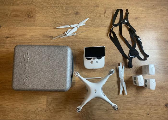 Bundle - DJI Phantom 4 Pro Plus  - 1