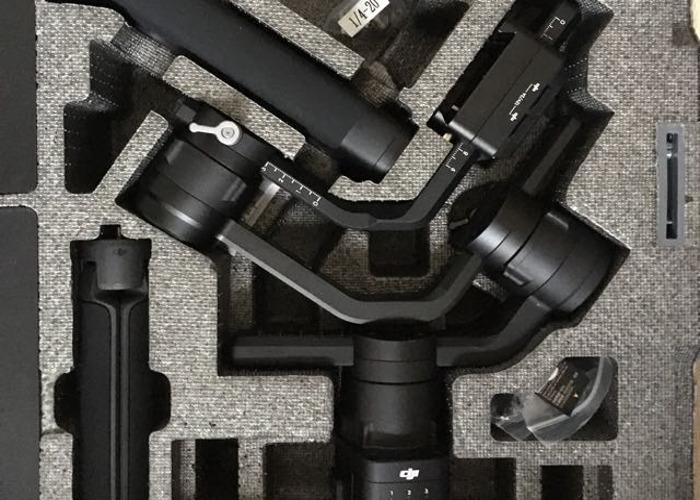 DJI Ronin S Gimbal - Ideal for DSLR Cameras  - 2