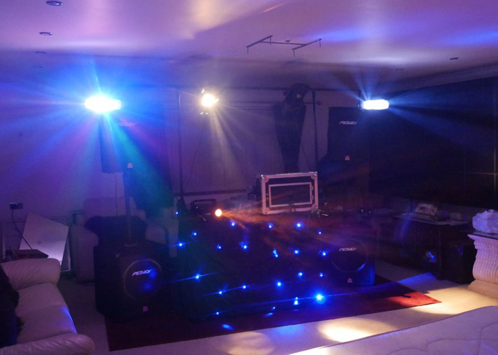 DJ / PA / Sound/ Speaker System with Microphone, Lighting and Smoke Machine - 2